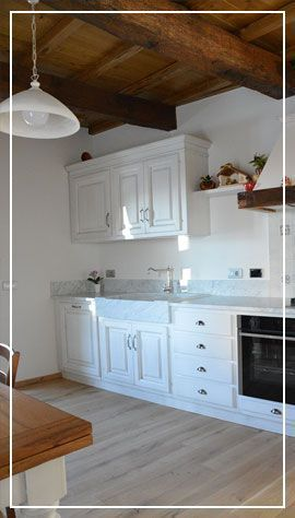 Cucina artigianale in legno